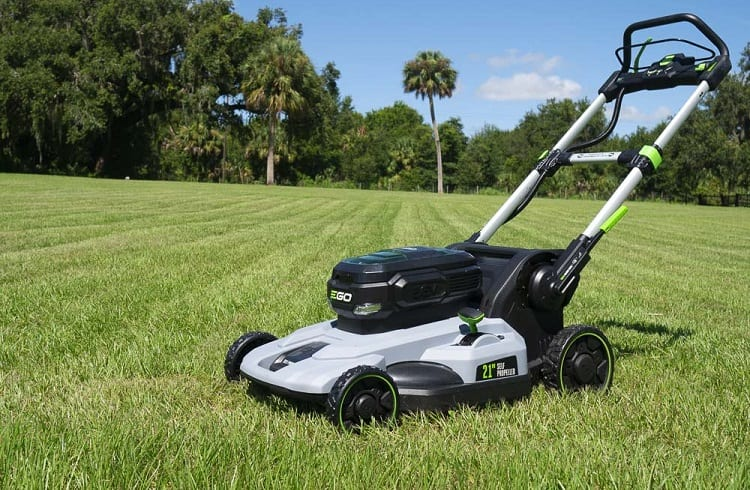 ARE SELF PROPELLED MOWERS WORTH IT?