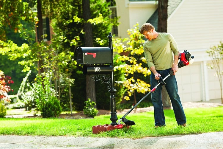 HOW DO I CHOOSE A BATTERY POWERED WEED EATER?
